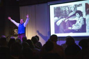 Mozart y Lennon Marcelo Arce en el auditorio de Circular en Nordelta 4 de mayo